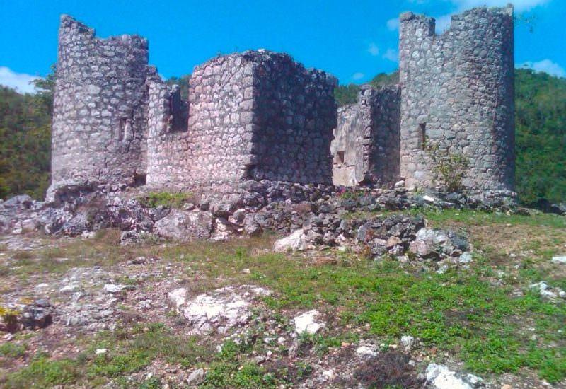 """The other """"Edinburg Castle"""". A Jamaican horror story."""